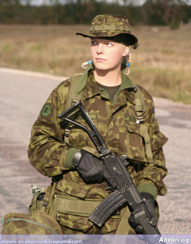 Army 025 - Female Soldiers