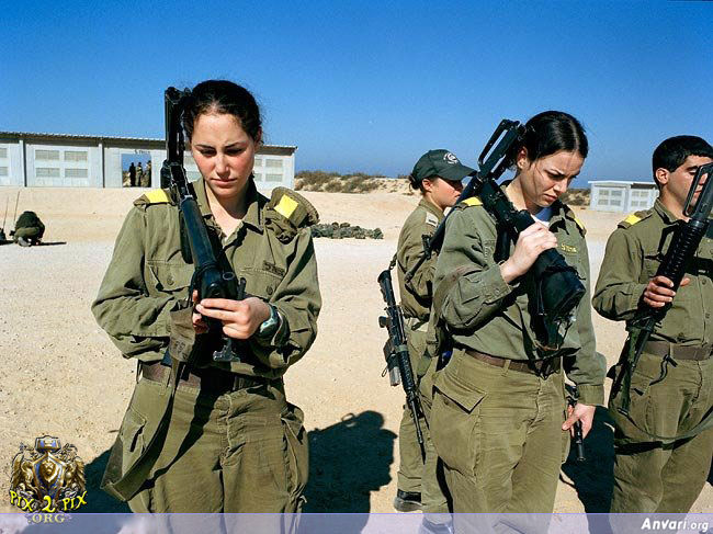 Israel 023 - Female Soldiers