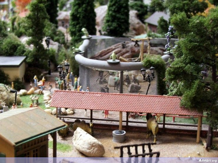 40 Miniature Wonderland - Model City with All Attractions
