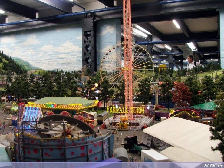 52 Miniature Wonderland - Model City with All Attractions