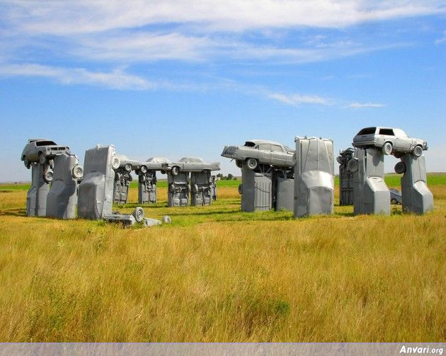 Carhenge 630x503 - Strange Statues around the World