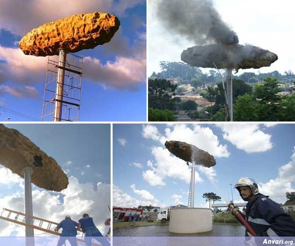 The Giant Turd - Strange Statues around the World