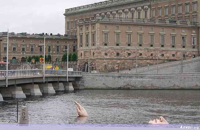 stockholm 28 - Strange Statues around the World
