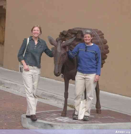 usa newmexico santafe2 - Strange Statues around the World