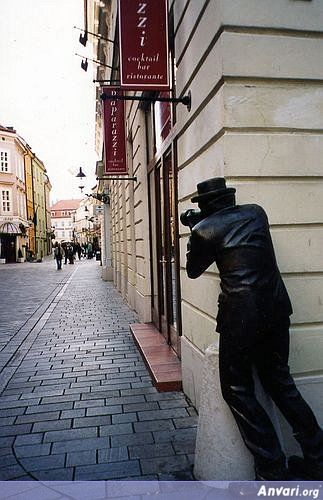 44a2431a62821896949191 - Strange Statues around the World 2