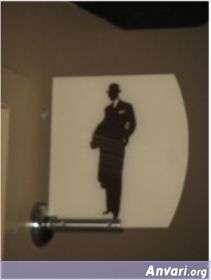 32 bmalerooseveltlk1 - Toilet Signs Around the World
